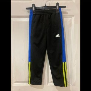 Adidas kids track pant size 5 black and blue.